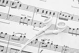 listening-to-music-24093180